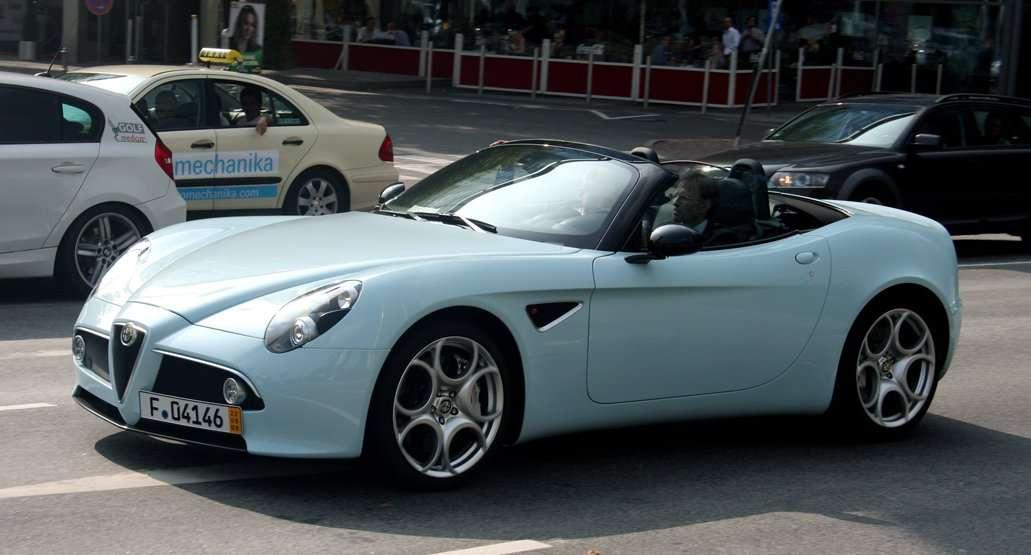 Special cars: Alfa Romeo 8C Competizione Spider