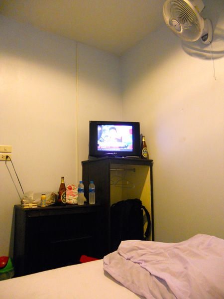 room2l.jpg